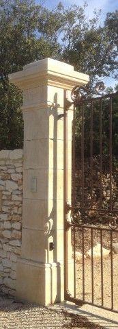 Paire de pilier : modéle maillane - Les matériaux anciens Jean Chabaud