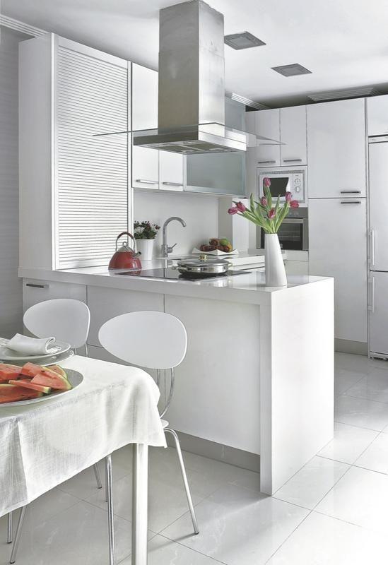 cocina-organizada-en-u