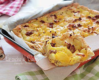 sfogliata patate e salsicce al curry ricetta gustosa saporita e facile da fare