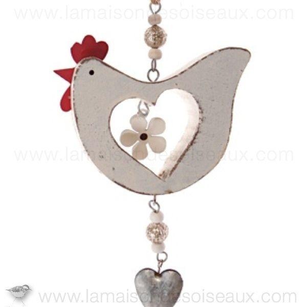 Deco poule blanche en bois et coeur metal à suspendre