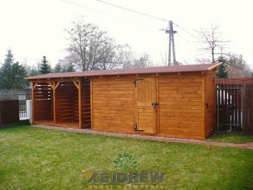 Domek z dwoma pomieszczeniami połączony z drewutnią Monika