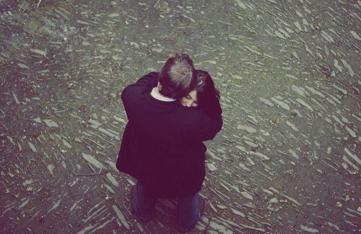 10 συνήθειες ευτυχισμένων ζευγαριών. Η πέμπτη είναι η πολυτιμότερη συμβουλή που ακούσατε ποτέ! Ο Δρ Μαρκ Γκούλστον είναι ψυχίατρος, διεθνής ομιλητής και συ