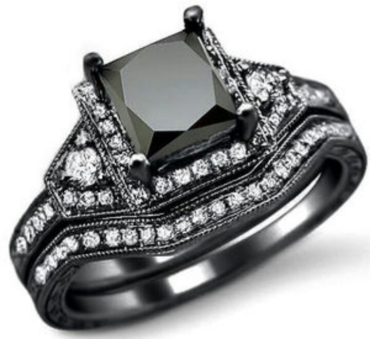 60 Best Princess Shaped Rings Images On Pinterest Unusual Engagement Jewelry And Cut Diamonds