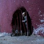Artist Isaac Cordal Leaves Miniature Cement Skeletons on the Streets of Mexico
