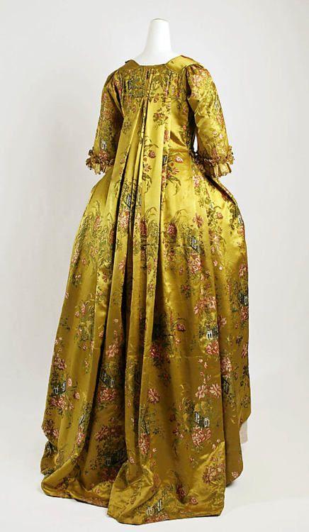 Robe à la Française 1730-1750 The Metropolitan Museum of Art