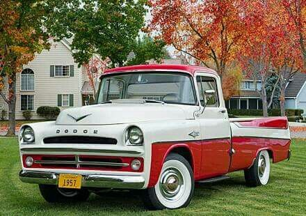 '57 Dodge sweptside