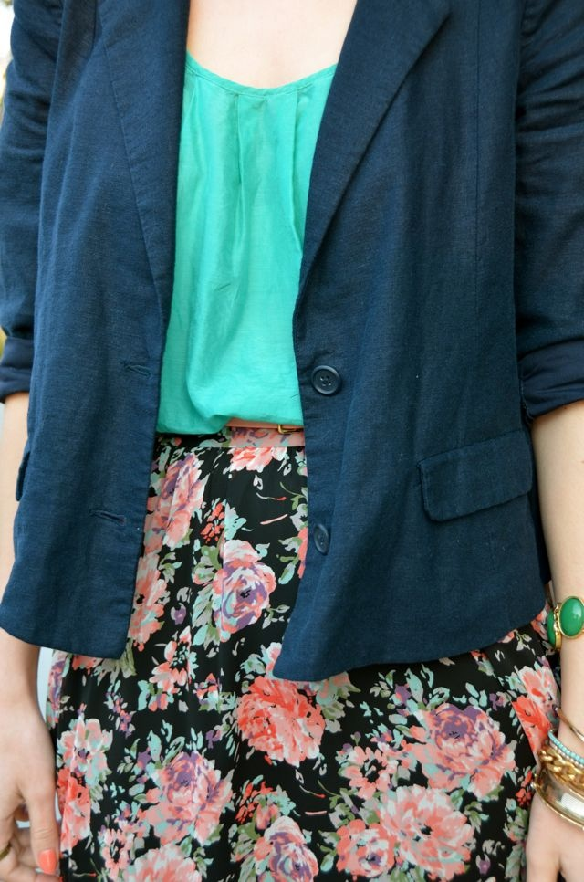navy, teal, and floral: Floral Skirts, Pretty Colors, Look Books, Hijab Lookbook, Teal, Navy