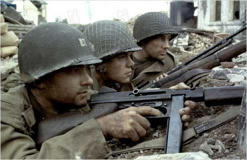 "Edward Burns, Matt Damon e Tom Hanks em O RESGATE DO SOLDADO RYAN (Saving Private Ryan). 1-""É bom esse tal Ryan valer a pena."""