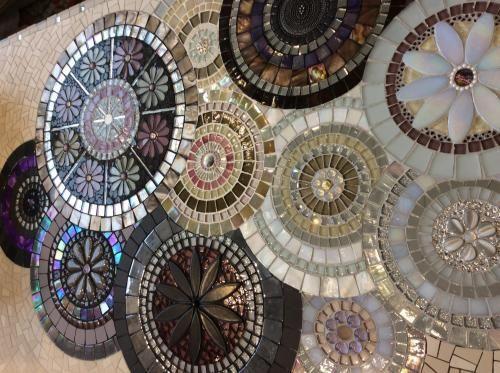 Plus de 25 idées uniques dans la catégorie Art de mosaïque murale ...
