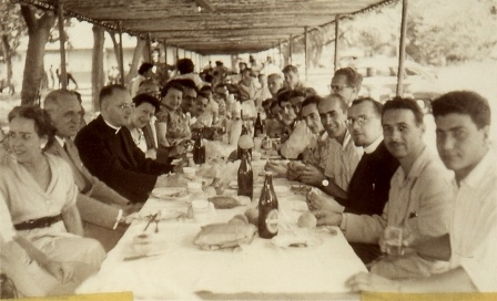 Australian Day Picnic at Clifton Gardens in 1954/55.