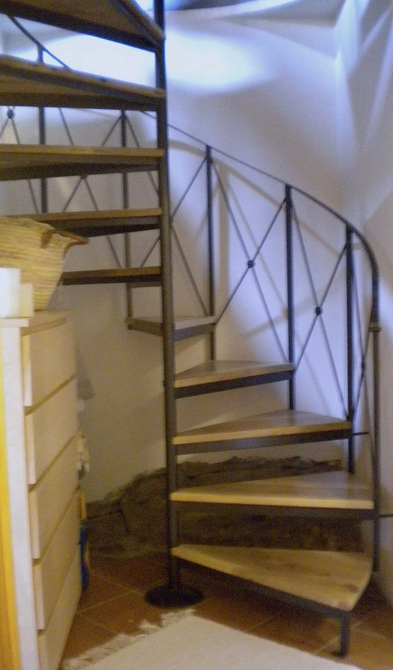Spiral staircase - lower floor