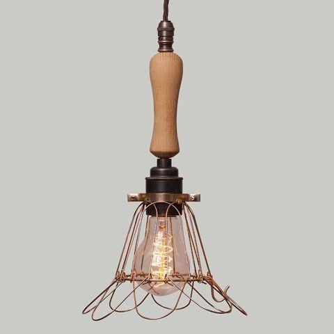 Lampa Cage Brass Flower z derwnianym uchwytem