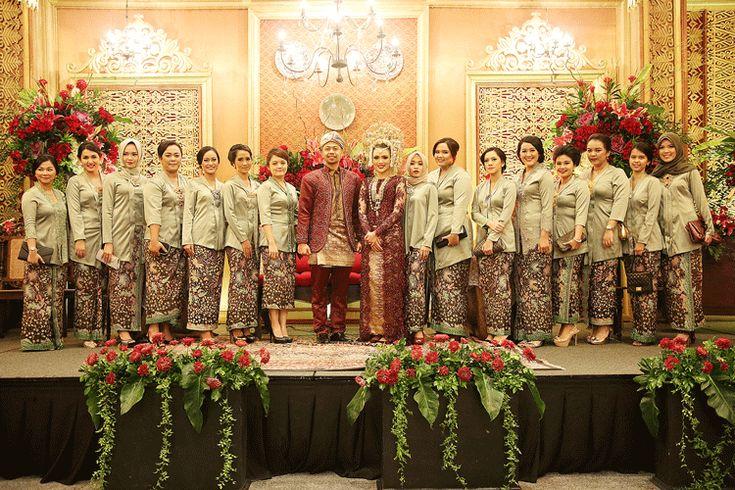 Bridesmaids' kebaya ❤️