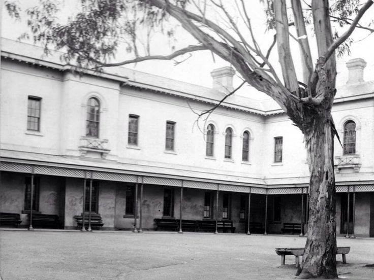 Lunatic Walks Out Of Beechworth Asylum On This Day……7th July 1870 James Geary was committed to Mayday Hills Lunatic Asylum on the 24th of November 1867, and was discharged on the 12th of October 1868. Geary was committed for a second time on the 26th of October of the same year. On the 7th of July 1870, Geary escaped by walking […]