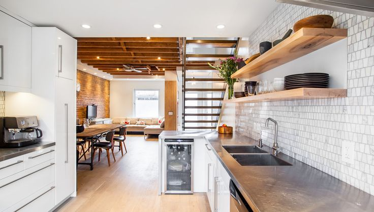 Gorgeous-open-tread-staircase-in-Kitchen-Modern-with-Gorgeous-Drywall-Shelves-next-to-Good-Looking-Exposed-Ceiling-Joists-alongside-Lovely-Unfinished-Ceiling-.jpg (990×562)