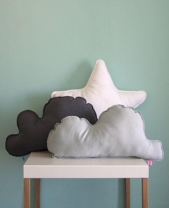 Cojín Nube Oscura