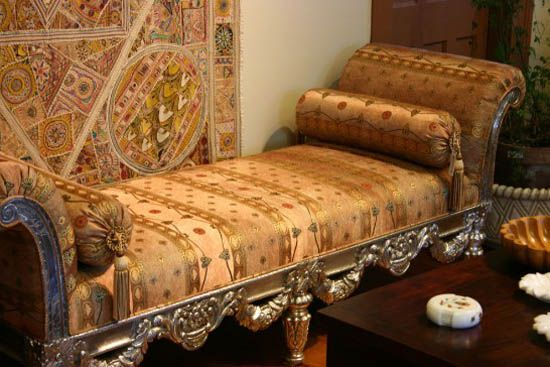Traditional Bench With Golden Furniture Upholstery Fabric