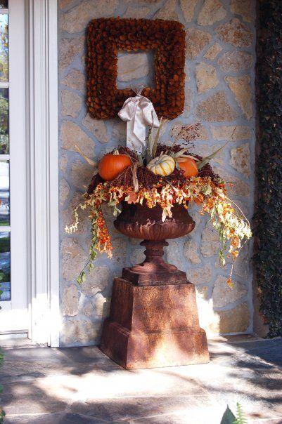 http://lisagolightly.blogspot.com/2010/09/seasons-of-vickis-eden.html