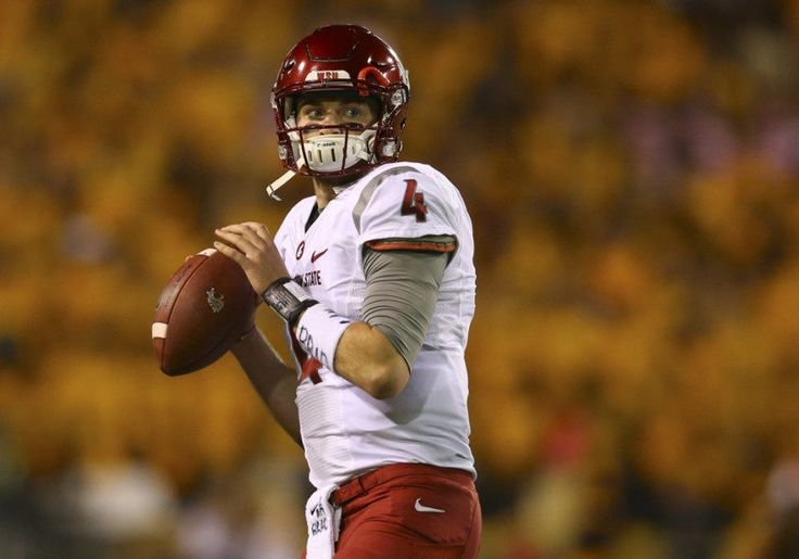 Mike Leach says Luke Falk will return for senior season at Washington State = According to a Monday morning report from Stefanie Loh of the Seattle Times, Washington State Cougars' head football coach Mike Leach believes that quarterback Luke Falk will be…..