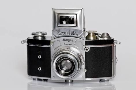 Kine Exakta camera 1936