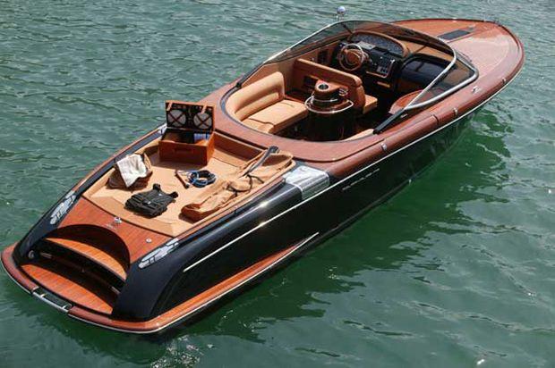 My new boat! Riva Aquariva 100.