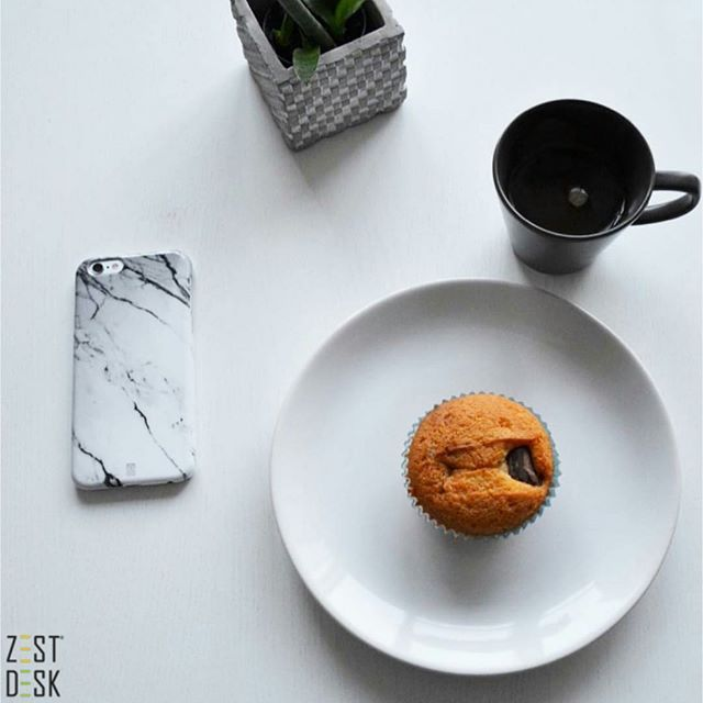 Don't forget your snack break. |via @86sofsof >Have you followed us on IG yet @zestdesk_anywhere?