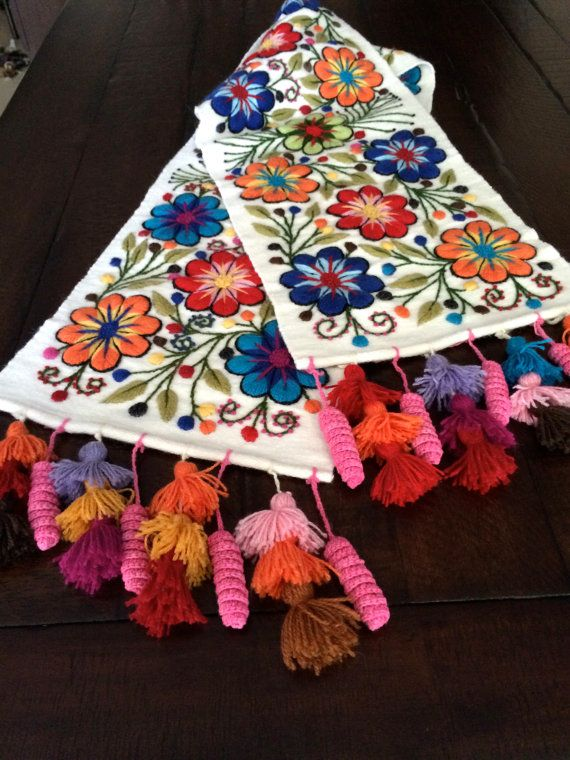 Table Bed runner embroidered Peruvian  Alpaca wool handmade