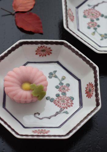 重陽の節句ー「菊」尽しの上生菓子と器|Lilyのお茶時間inSingapore&Japan