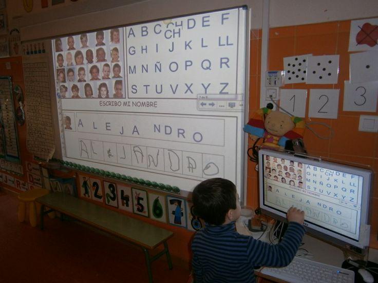 LA CLASE DE MIREN: mis experiencias en el aula: ASAMBLEA 3 AÑOS: CONSTRUIMOS NUESTRO NOMBRE SIN MODELO en la PDI