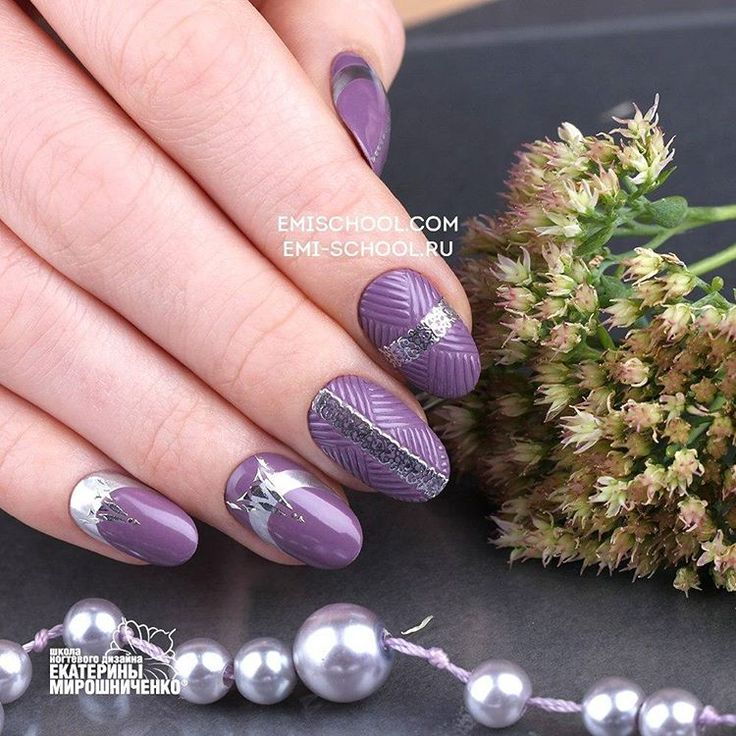 "Silver and muted shade of purple it is nice idea for winter #EmiManicure. If you want create this design take #EMiLac or gel paint «Wild grapes» from the collection and #RoyalTone #EMPASTA the same hue, TEXTONE «Silver», Charmicon «Ornament Mix №1"" and «Lunula silver №3"". The collection «Royal Tone» available at web-store http://amp.gs/zqcg Серебро и припыленный оттенок фиолетового — отличный вариант #EmiManicure, чтобы предложить его этой зимой. Чтобы создать этот дизайн вам потребуется…"