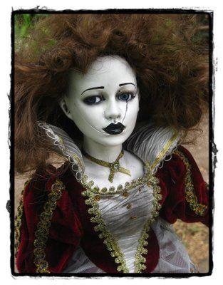 Gothic Tea Society: Creepy Dolls