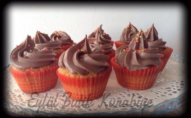 Çikolatalı ve Fındık Kremalı Kapkekler | Eylul Butik Pasta ve Kurabiye