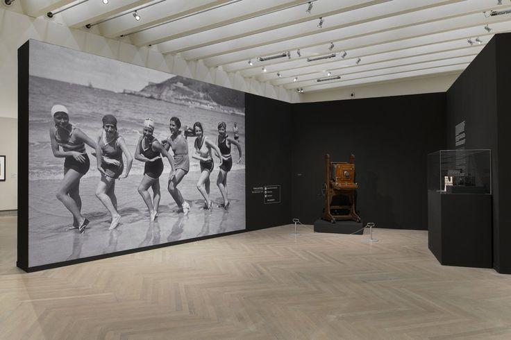 exposicion ricardo martin museografia por Hiruki studio Sala kubo kutxa Kursaal Donostia Exhibit Design