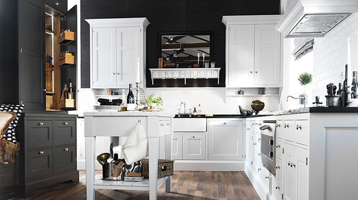 Anno är ett helt nytt men på samma gång mycket gammalt kök. Köksstilen togs fram i slutet av 1800-talet. Den gamla hantverksmässiga charmen finns kvar, mycket tack vare de många vackra detaljerna. Detta romantiska kök kan vara beläget såväl ute i skärgården som i en skånelänga.  Se mer av Anno: http://www.tibrokok.se/vara-koksstilar/ovanligt-bra-koksstilar/anno