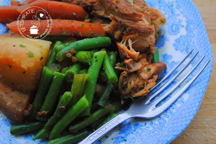 Compleet gerecht met kip en groenten uit de slowcooker