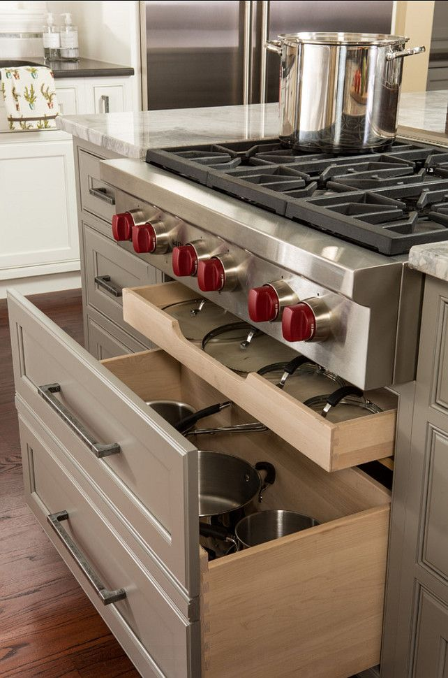 Kitchen Cabinet Storage Ideas. Great Kitchen cabinet ideas in this kitchen. These deep drawers are perfect to store pans. #Kitchen #Cabinet #Storage #KitchenDesign