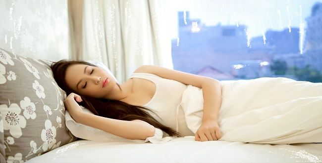 Manfaat atau Khasiat Tidur Siang Hari bagi Kesehatan Kulit