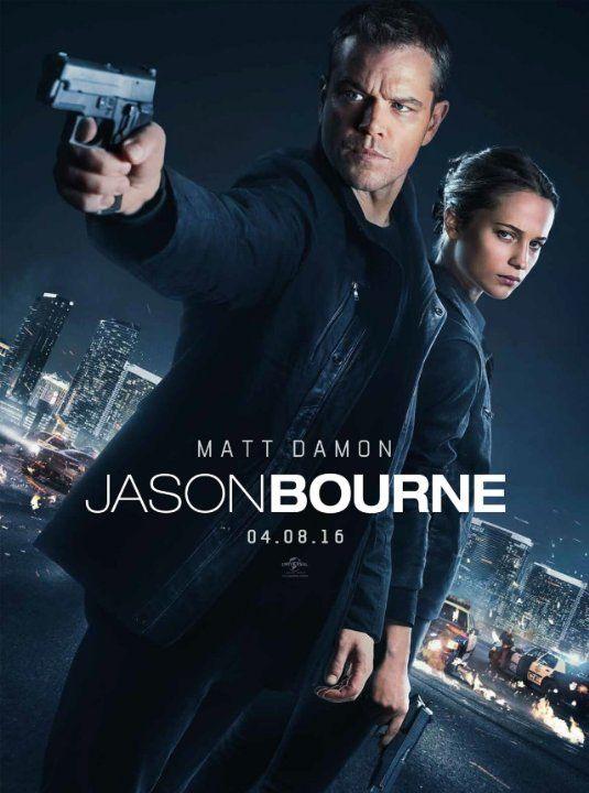 Matt Damon and Alicia Vikander in Jason Bourne (2016)