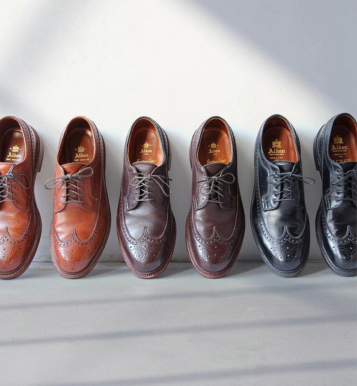 """If the shoe fits…buy it in every color #aldenarmy Alden New Dark Tan Longwing @theshoemart Alden Brown Flex Longwing @leathersoul Alden Black Calf…"""