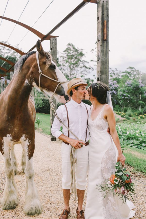 eclectic and fun wedding at Fernbank Farm - photo by Lara Hotz http://ruffledblog.com/eclectic-and-fun-wedding-at-fernbank-farm