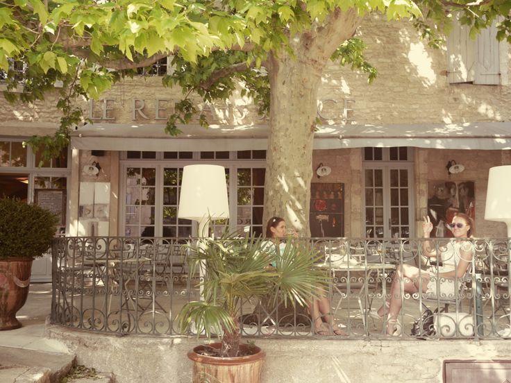 """Gordes (Горд), в этом ресторане снимали фильм """"Хороший год"""" с Расселом Кроу и Марийан Котияр, май 2014"""