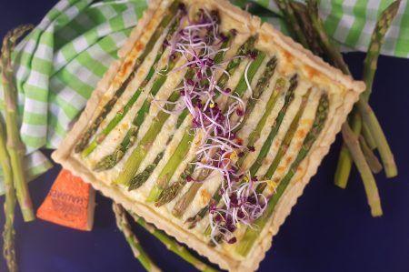Aspergequiche van groene asperges met lekker veel kaas