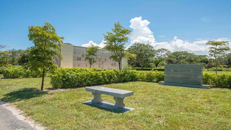 Single Grave Space for Sale 4K! Hillcrest Memorial Park