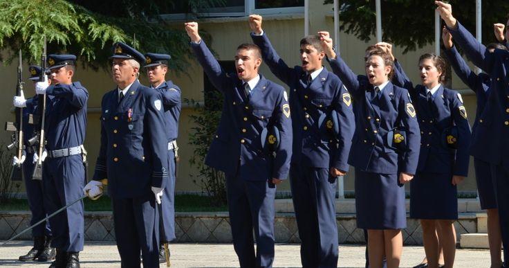 Η πρόταση να έχουν οι Υπαξιωματικοί καταληκτικό βαθμό εκείνον του ανθυπολοχαγού και των ισότιμων των άλλων Κλάδων, δεν είναι νέα. Είναι πολλών ετών.