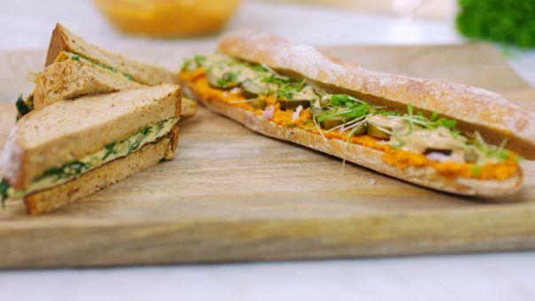 Eén - Dagelijkse kost - Boterham met omelet en een broodje wortelmartino