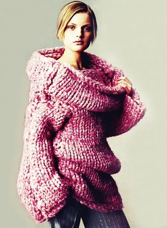 knitGrandeur: Alexander McQueen Vogue 1999