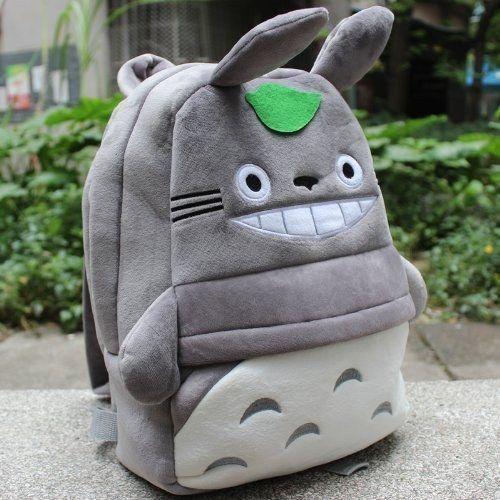 Esta mochila de Totoro ($9). | 36 Locos regalos por los que cualquier aficionado a Miyazaki enloquecerá