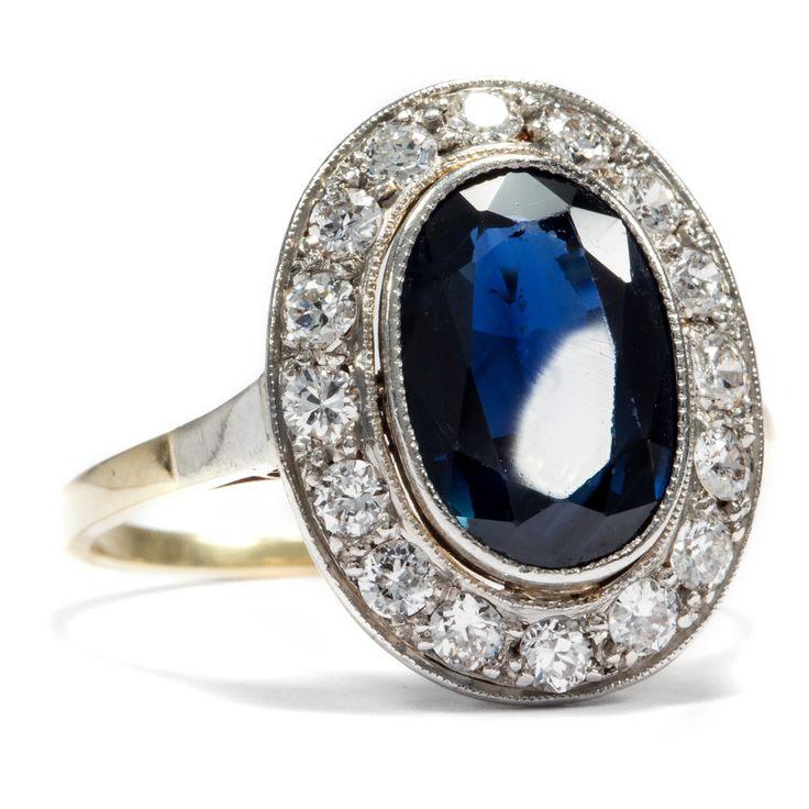 Die blaue Lagune - Eindrucksvoller Gold & Platin Ring mit großem Saphir und Diamanten, um 1930 von Hofer Antikschmuck aus Berlin // #hoferantikschmuck #antik #schmuck #antique #jewellery #jewelry