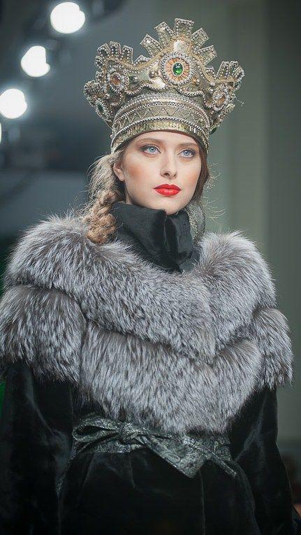 À la Russe. Russian style, russian girls, russian beauty. Fur. Crown.