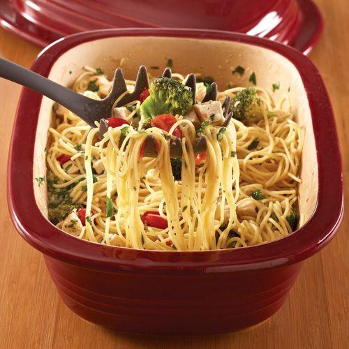 Summertime Spaghetti  - The Pampered Chef® #DeepCoveredBaker